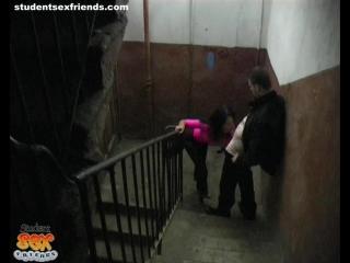 Экстремальный секс по русски трах в подъезде